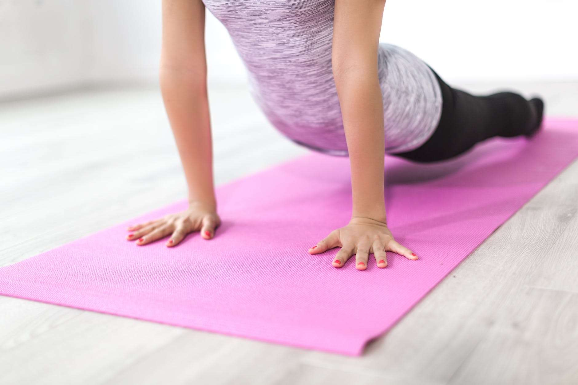 Read This Before Attending Your First Yoga Class